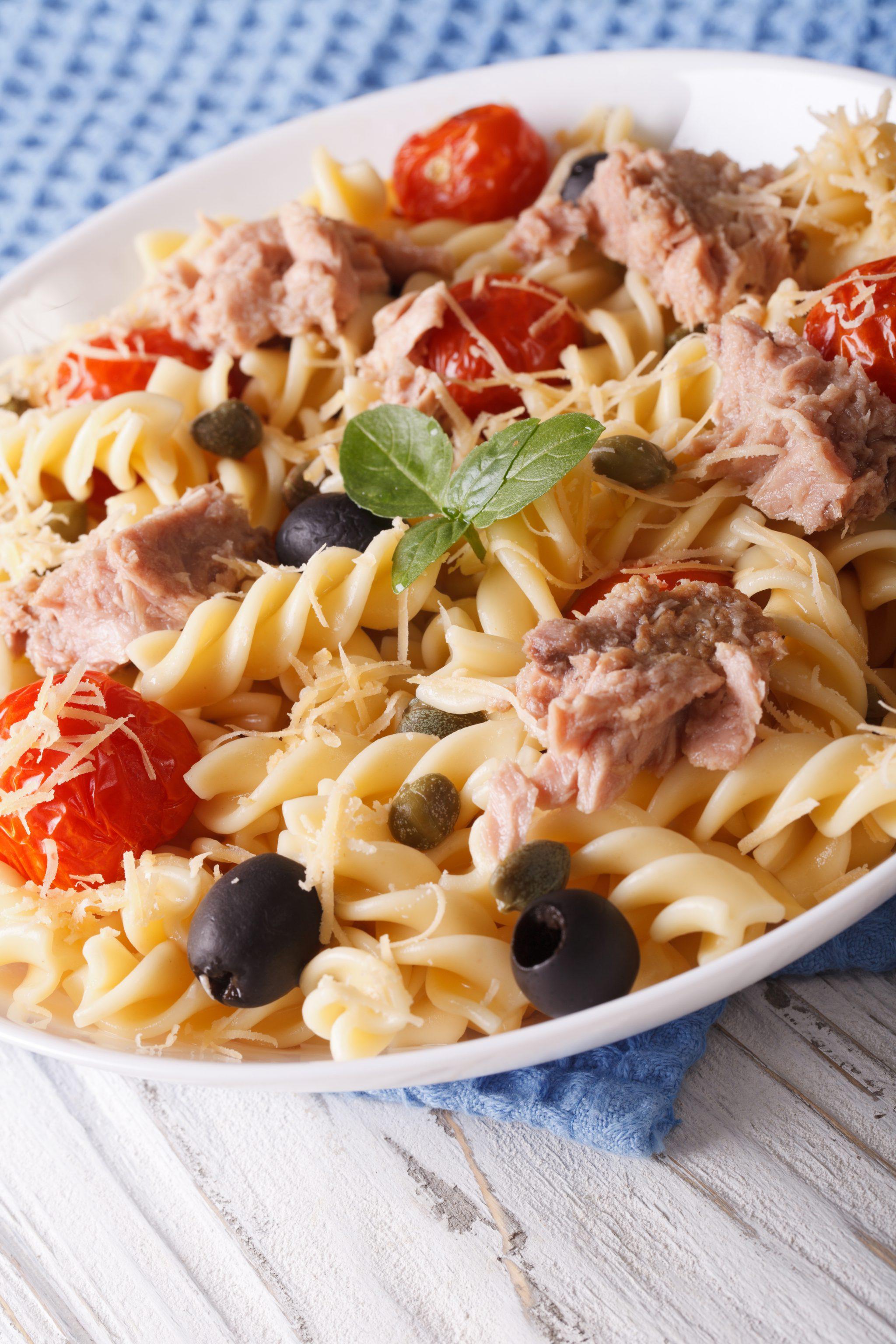 Spicy tuna pasta salad slenderberry for Tuna fish macaroni salad